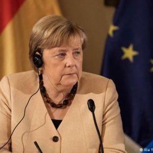Angela Merkel reitera apoyo a Israel en su gira de despedida