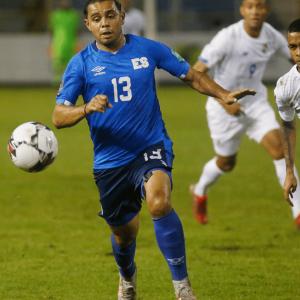 El Salvador: futbol como distractor pero sin desarrollo económico