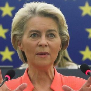 UE anuncia paquete de ayuda de 1.000 millones de euros para Afganistán